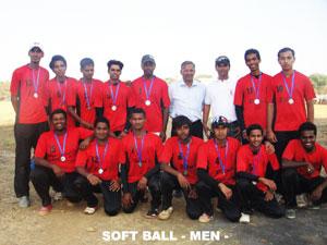 softball-men