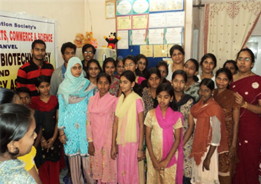 underpriviledgedgirls2011-12