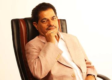 Dr.KMVasudevanPillai,ChairmanandCEO