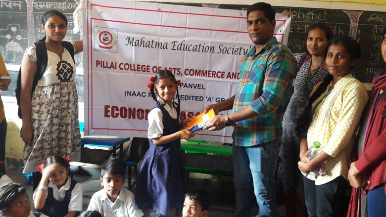 literacy-drive-in-government-school (2)