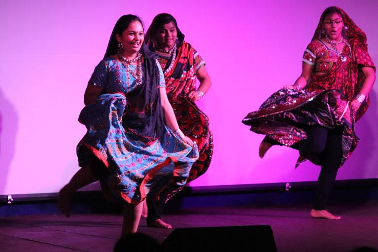 folk-dance (1)