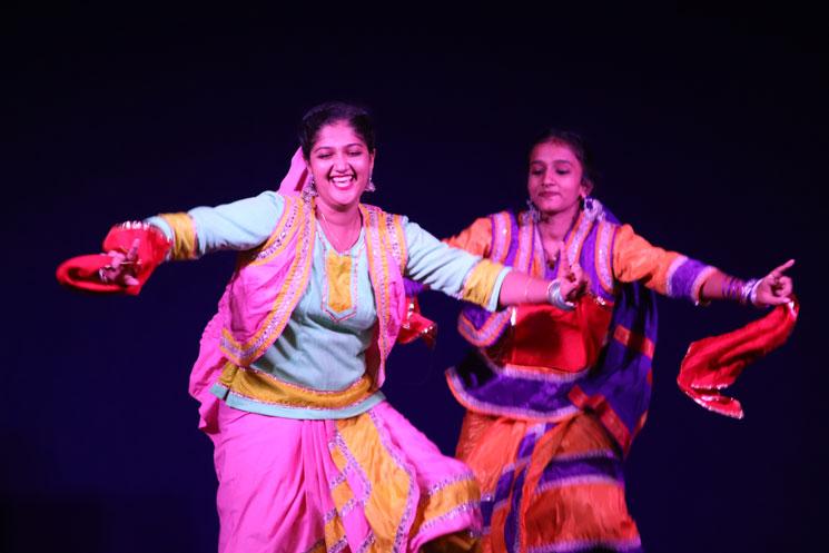 folk-dance (2)