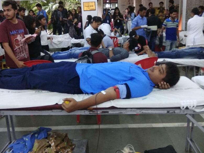 mega-blood-donation-camp (1)
