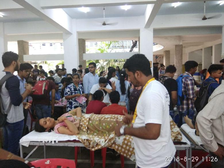 mega-blood-donation-camp (3)