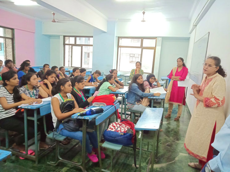 social-activity-with-kotak-education-foundation (3)