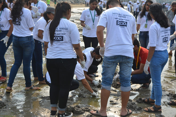 versova-beach-cleaning-campaign (3)