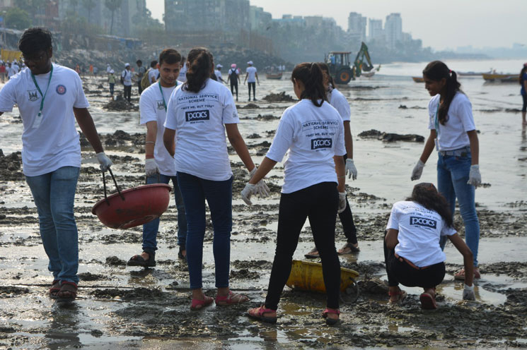 versova-beach-cleaning-campaign (4)