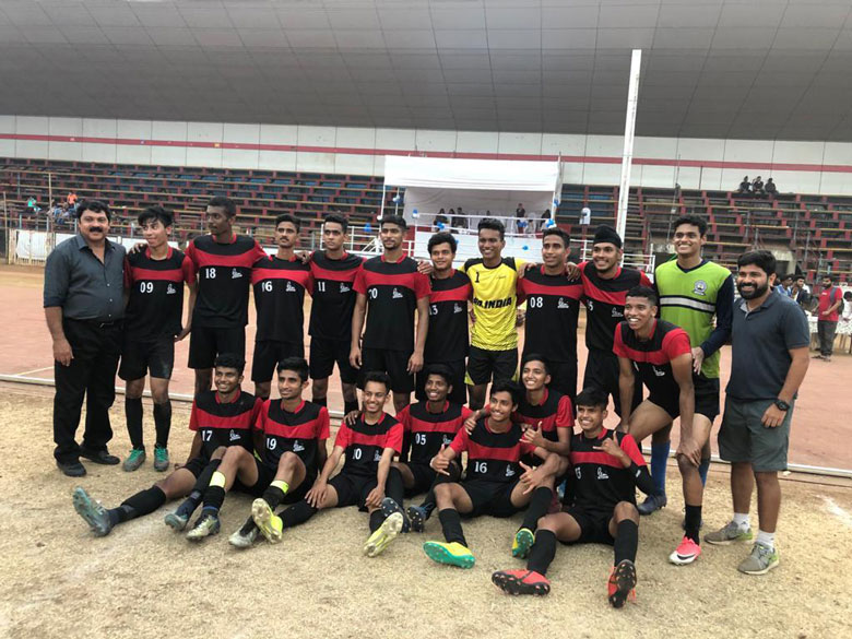 Football-Mens-Team-2019 (1)